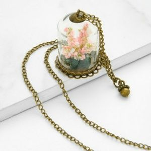 VINTAGE Glass Flower Pendant Chain Necklace